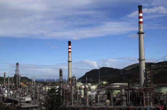 Petronor presenta un ERTE para un tercio de la plantilla, unos 300 empleados