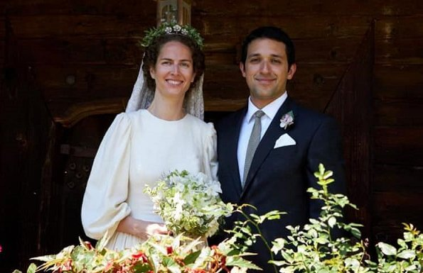 Princess Sofia wore a cream-colored silk linen wedding dress by Natascha Klein, and a diamond floral tiara