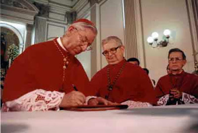 Resultado de imagem para administração apostólica são joão maria vianney