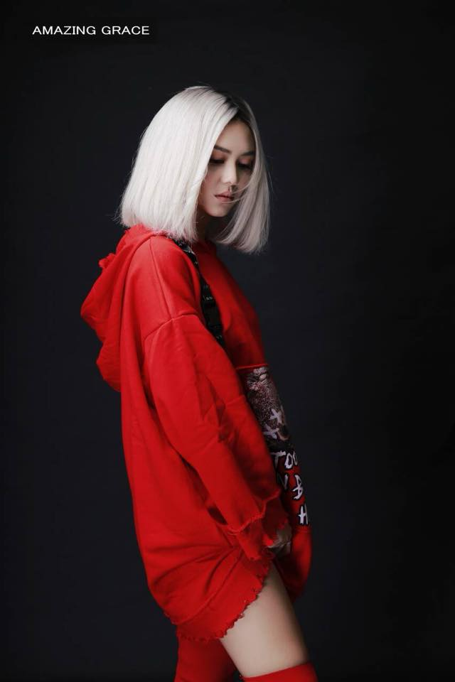 Shwe Mhone Yati - Love is in the red fashion photoshoot