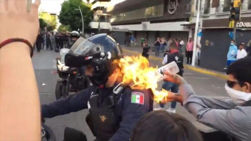 #Mexico: protestan y queman edificios contra pago de aguas a #EEUU