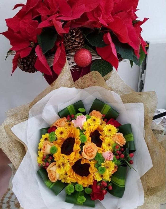 The beauty junkie ranechin pretty flower bouquet from little and little flower huts sunflower bouquet really brings such a happy mood to me i immediately feel so happy when i saw the bouquet on the front door of my mightylinksfo