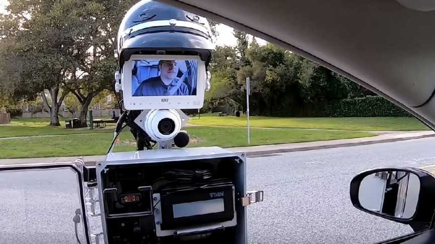 GoBetween: A Police Robot that could make Traffic Stops more Safer