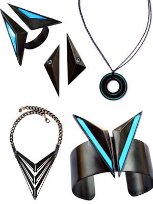Collares y brazaletes Tron Legacy en la vida real.