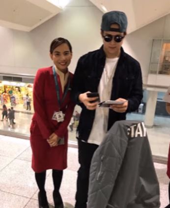 'Sana Di Na Lang Siya Pumayag, Kesa Ganyan!' Enrique Gil's Photo With A Fan Appears As If He Was Forced To Do It!