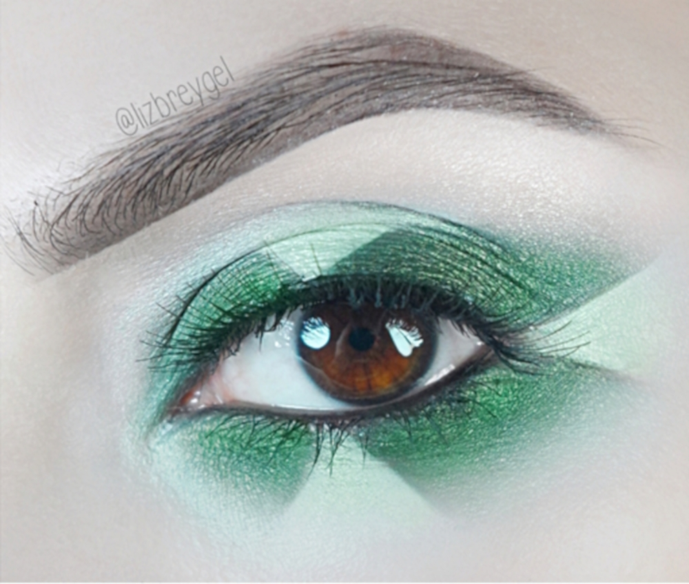 Emerald Step By Step Makeup Tutorial | May Birthstone on January Girl blog by Liz Breygel.