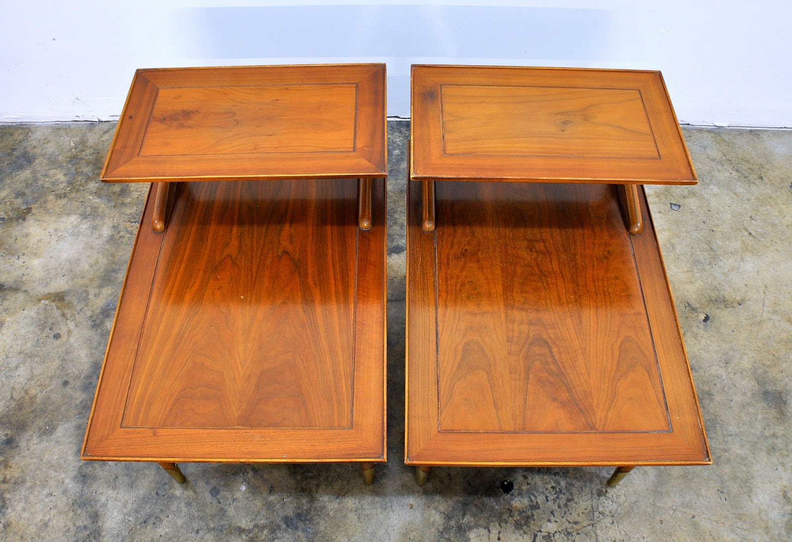 Select Modern Pair Of Lane Step Side Or End Tables