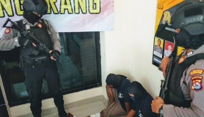 Polisi Terpaksa Tembak kaki Dua Bandit Perampok Minimarket