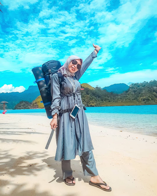 Hobi Travelling