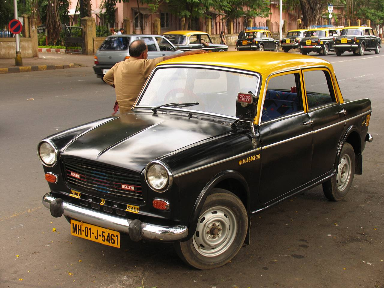MUMBAI YELLOW PAGES (MUMBAI BUSINESS DIRECTORY): Taxi Services In