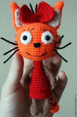 Кошка Карамелька крючком