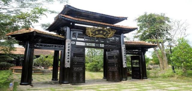 Làng Phong Nam
