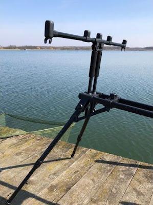 Риболовна стойка за въдици Carp Expert Neo Mega Rod