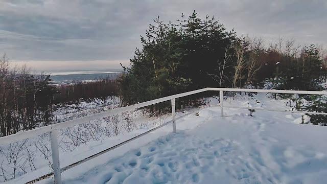 Góra Kamieńska - najwyższe sztuczne wzniesienie województwa łódzkiego