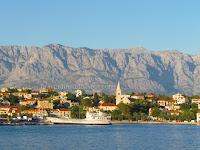 Jadrolinija trajekt Sumartin - Makarska slike otok Brač Online