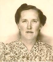 Sophie Karvoius Dixon