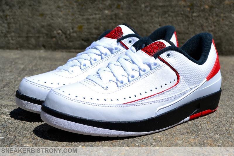 sports shoes a3bdf 63dc1 air jordan 2 retro low white black red