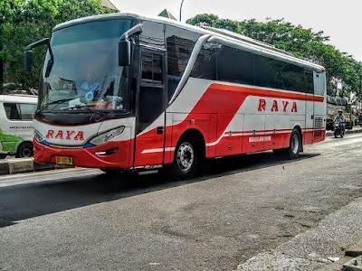 Foto Bus Raya Samping Kiri Depan