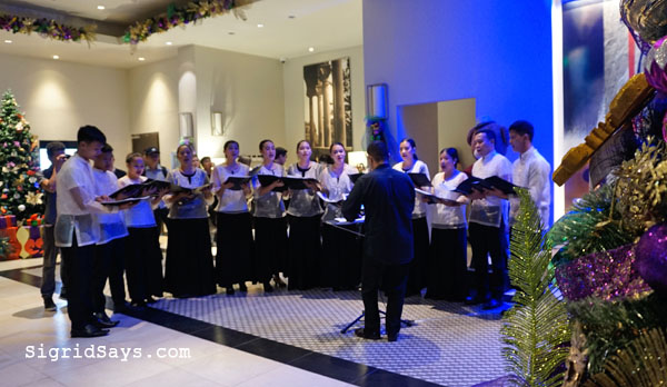 Seda Capitol Central, Bacolod City, Bacolod hotels, Seda hotels, Philippines, Philippine hotels, jazz, The Prelude, Bacolod saxophonist, Bacolod band, cocktails, Smile Train, Christmas tree lighting ceremony - STI West Negros University Choir - Bacolod blogger