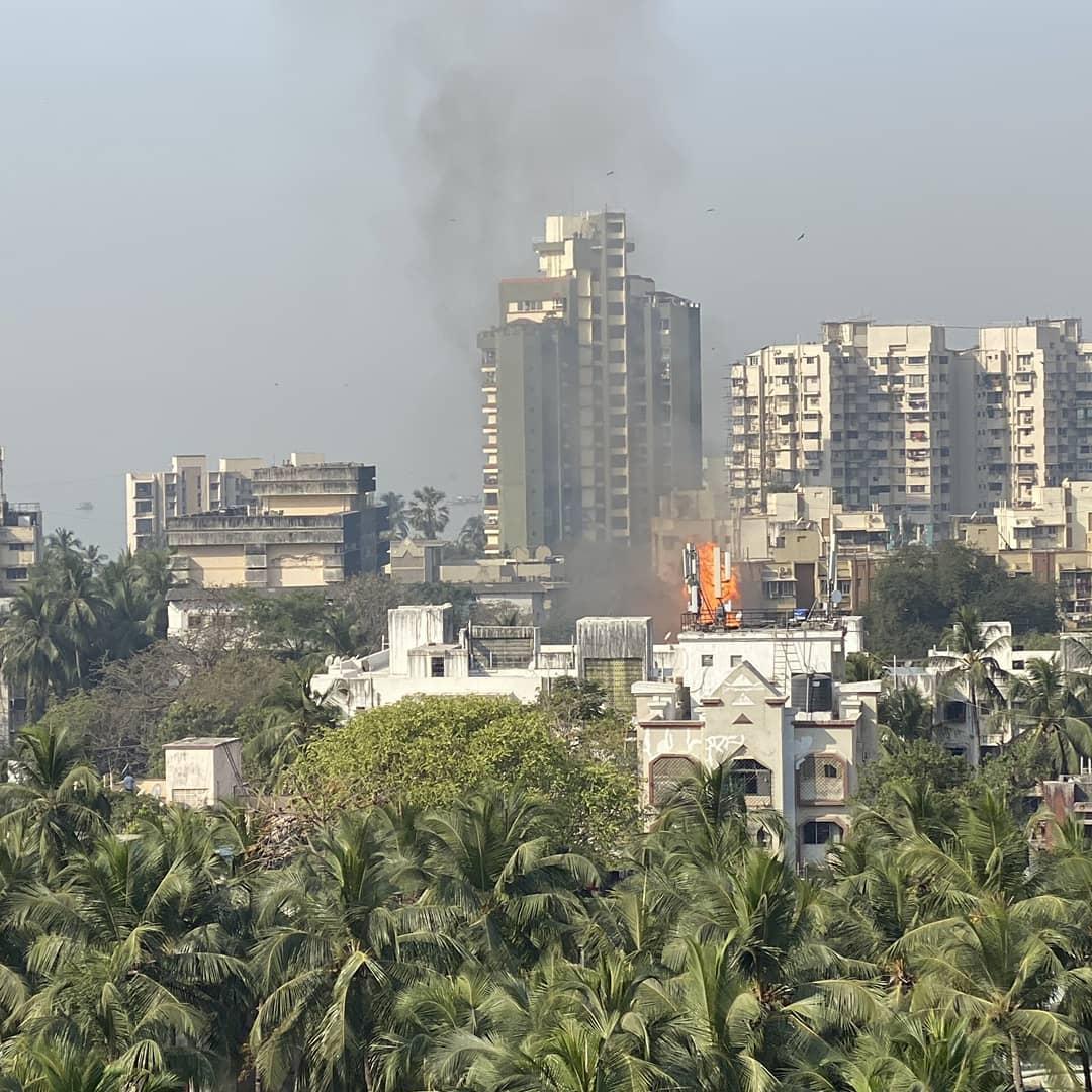 Fire Brokes Out In Versova Yari Road LPG Cylinder Blast