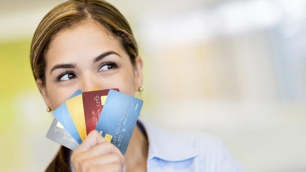 dapatkan pengecualian yuran tahunan kad kredit