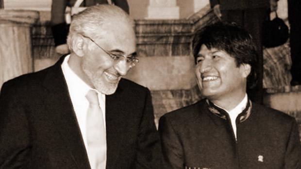 Carlos Mesa junto a Evo Morales Ayma