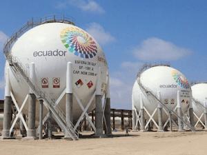 El Salvador: Descubrieron grandes yacimientos de gas natural frente al Pacífico salvadoreño.