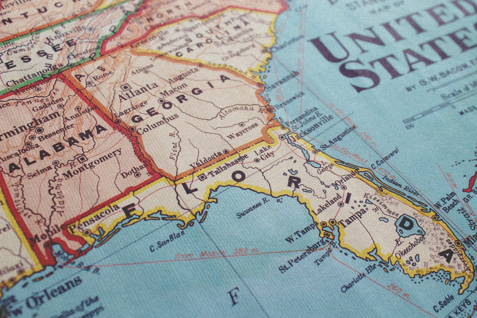 Mapa USA w stylu retro, plakat z mapą na ścianę to naprawdę świetna i niedroga pamiątka z USA