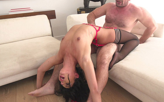BangGonzo -Gina Valentina (Likes Fingers In Her Ass As Her Pussy Is Worked / 27.06.2018)