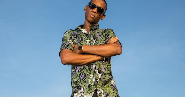http://www.mediafire.com/file/3xs14ct073ekl31/Afro_Pupo_%25E2%2580%2593_Afrocracia_Vol.2.mp3/file