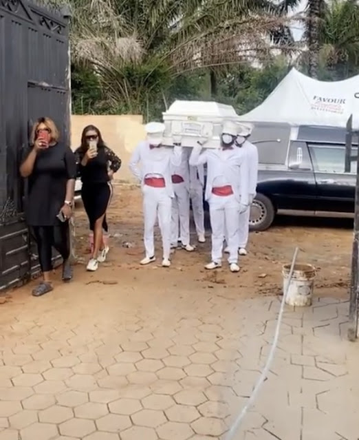 Nollywood Actress Destiny Etiko Buries Her Father Amid Tears In Enugu