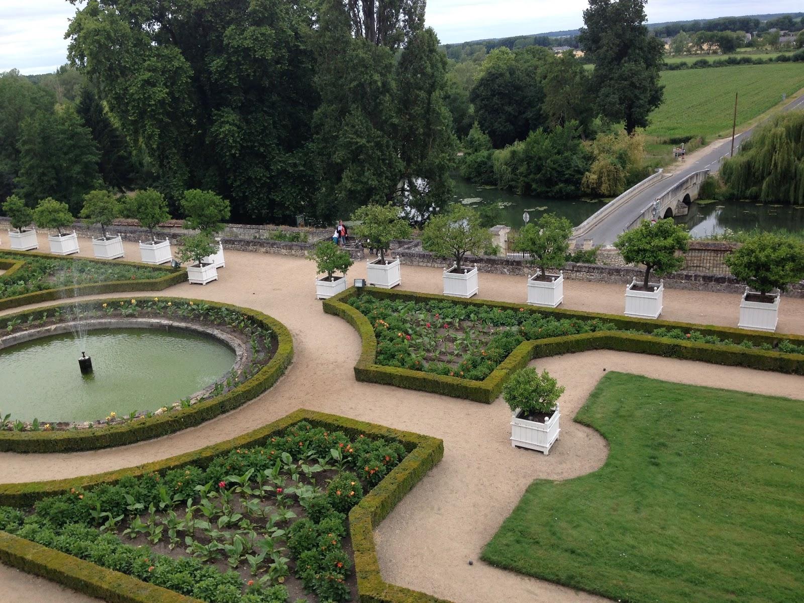 ogrody w zamku Usse