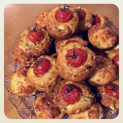 Muffin feta e pomodi secchi