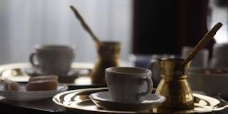 Ηλεία: Έλουσε με καuτό καφέ δίχρονο αγοράκι – Η εξήγηση της επίθεσης που προκαλεί οργή!