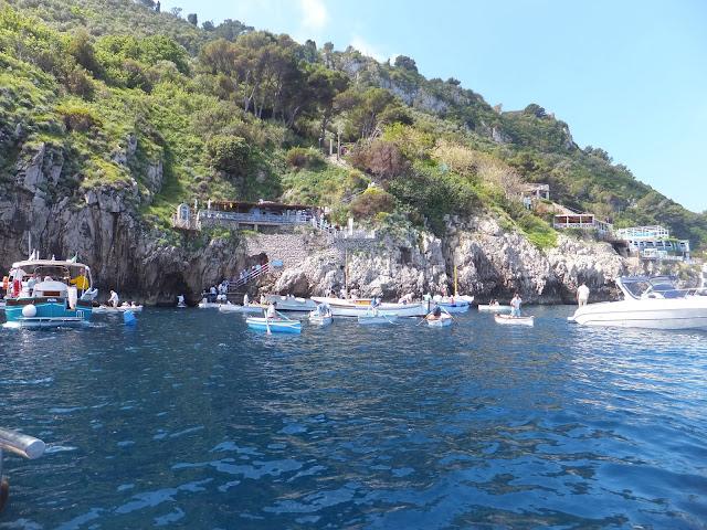 Praiano, Positano, Capri, Costa Amalfitana, Navegacion, Italia, blog de viajes