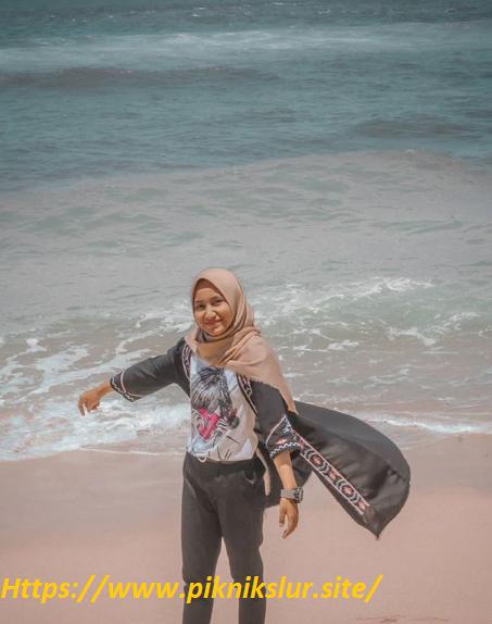 wisata hits pantai indrayanti Gunung Kidul