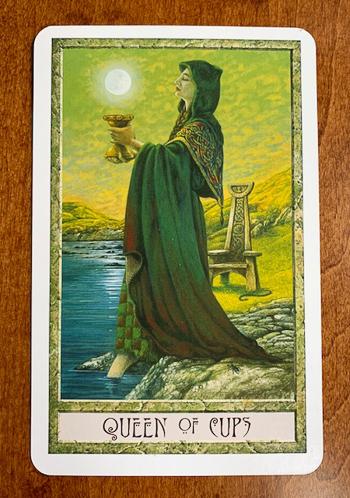 Queen of Cups - Druidcraft Tarot - Mother Tarot - weight loss tarot journal
