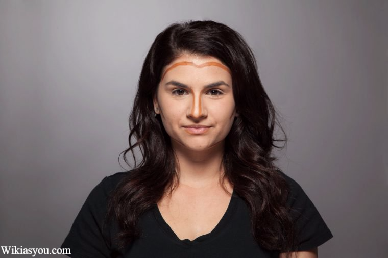 كيف تجعلين وجهك أنحف بإستخدام المكياج؟