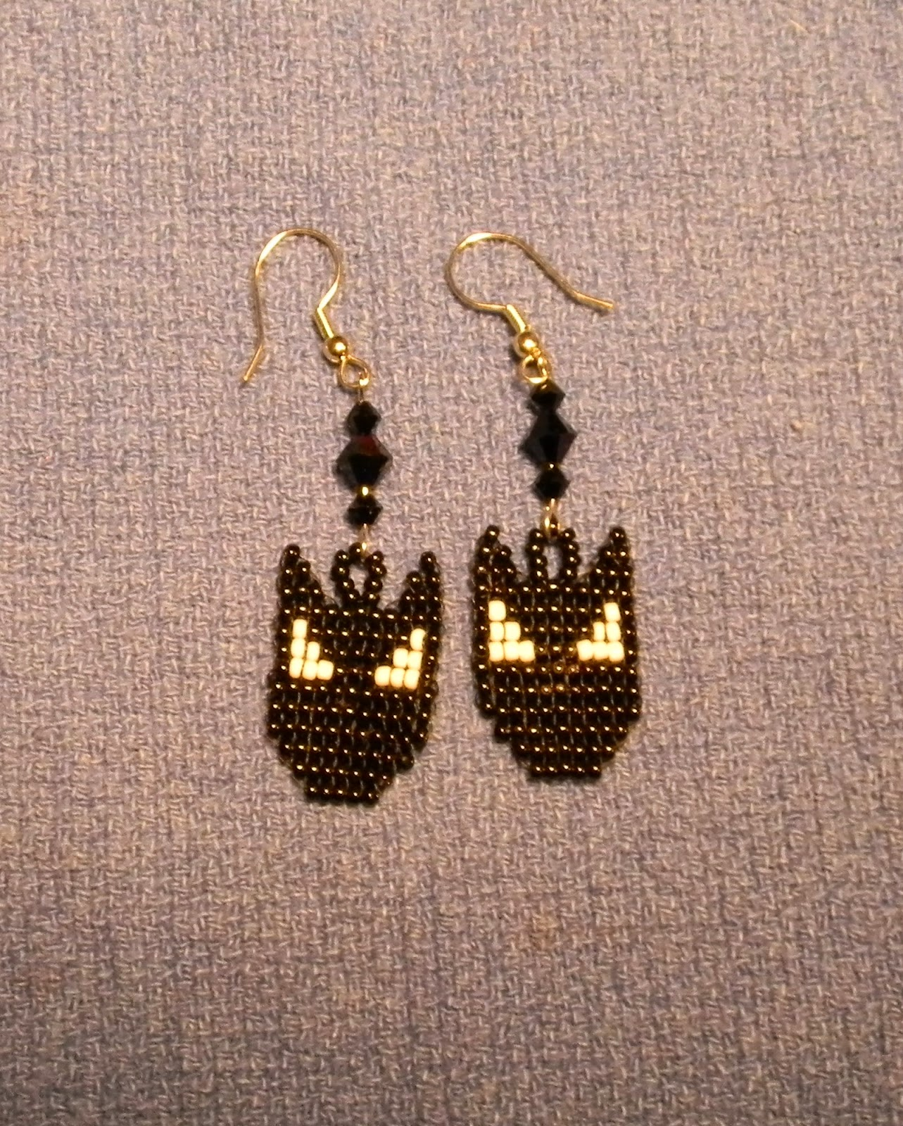 Life Is Good The Bat Seed Bead Earring Chart