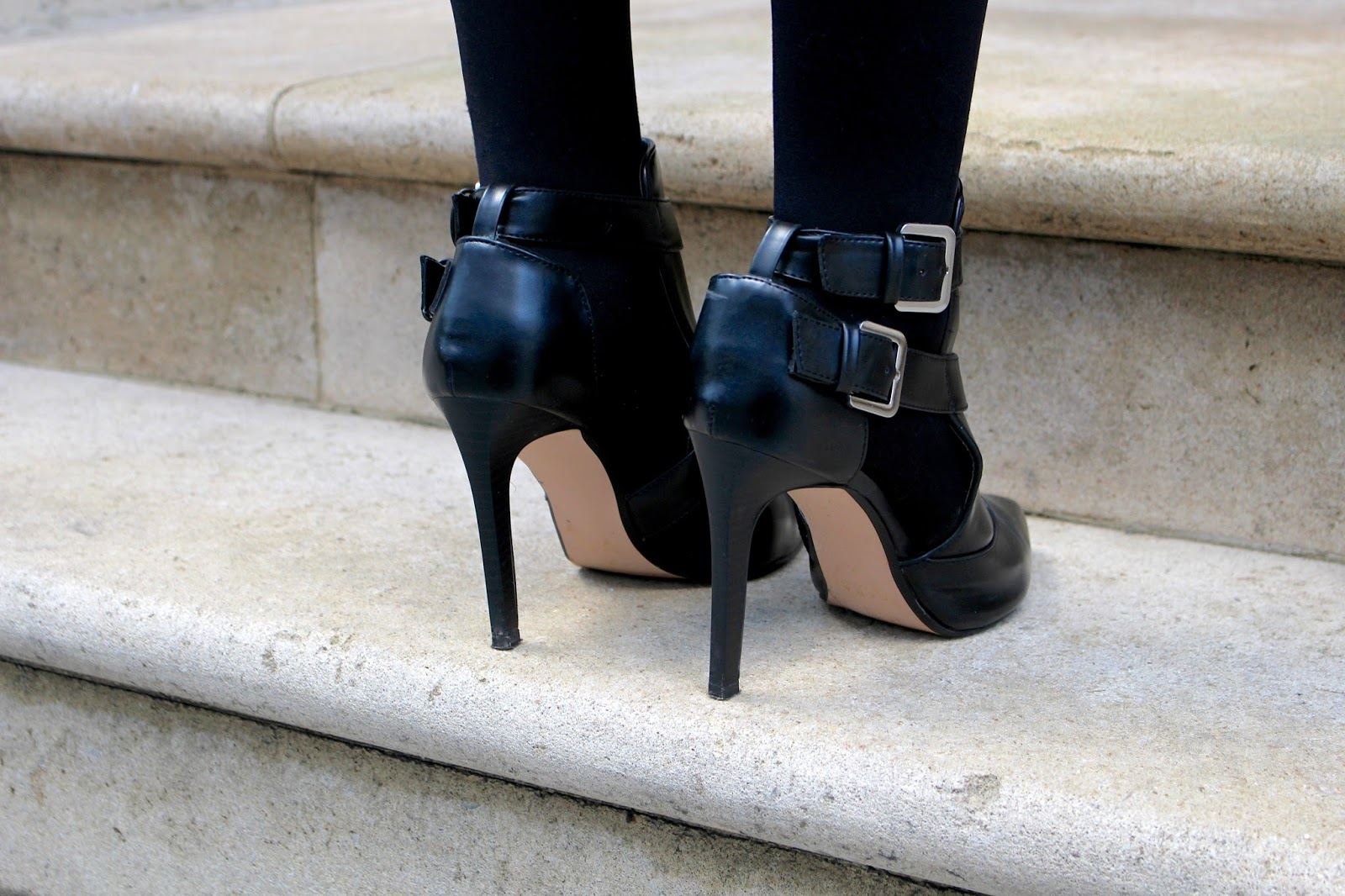 zara black cut out boots