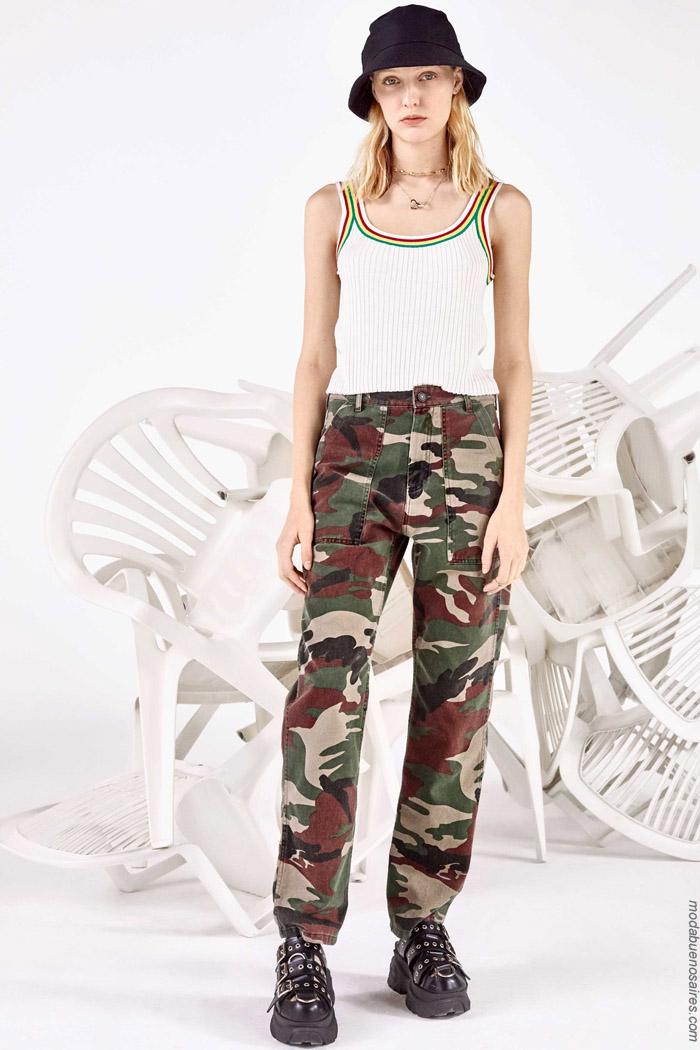 Pantalones camuflados primavera verano 2020.