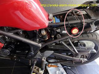 Cara pasang alarm motor pada Kawasaki Ninja 150 RR