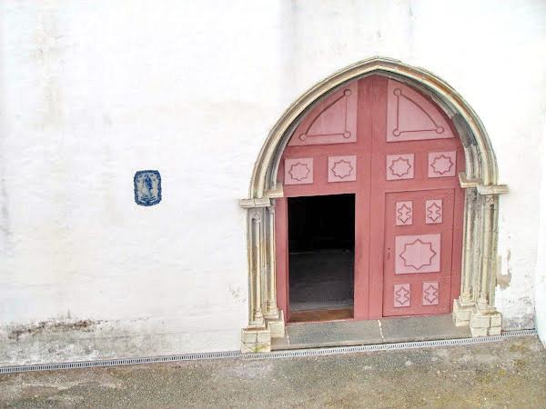 Santa Clara church door