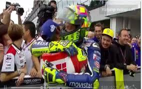 Finis Kedua, Valentino Rossi Pujian Ketangguhan Cal Crutchlow
