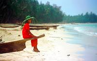Myanmar beach girl