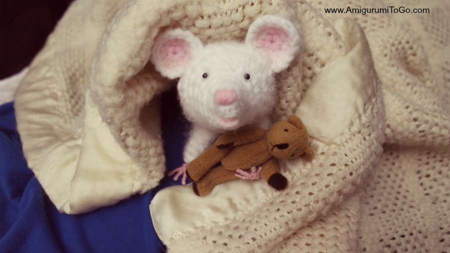 Amigurumi Rat : Our pet rat made of yarn amigurumi to go