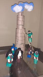 Maquete da Torre de babel para dar aulas