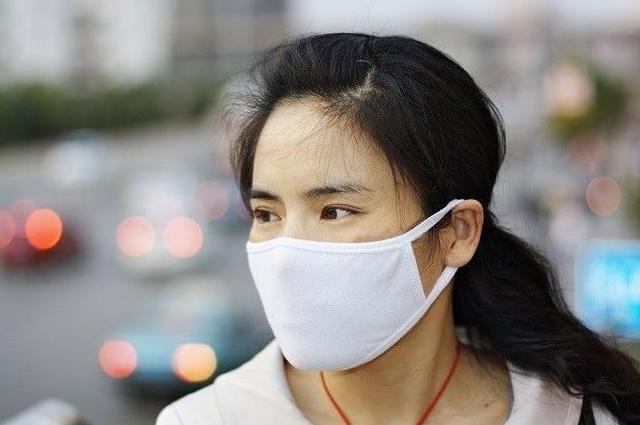 Olahraga Memakai Masker, Apakah Berbahaya?