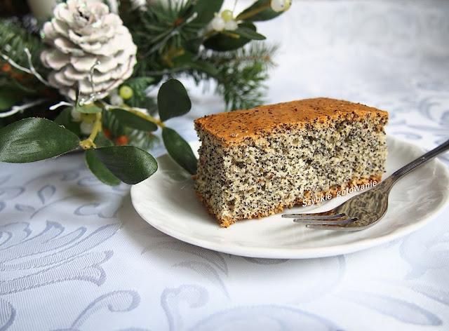 Piegusek - ciasto z makiem na białkach