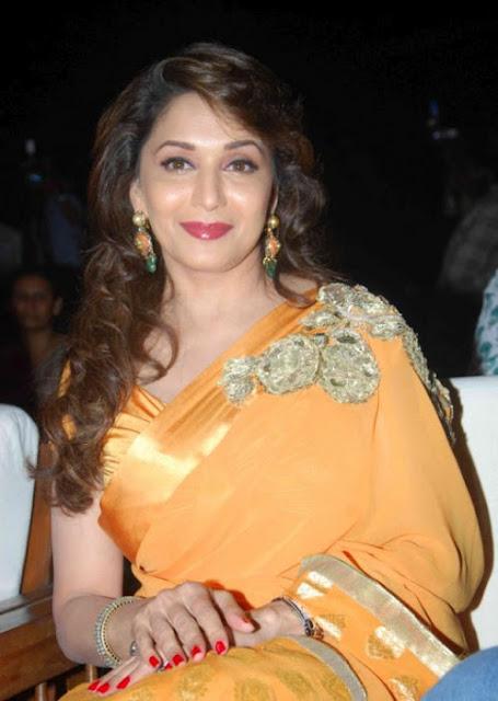 Bollywood Actress Madhuri Dixit Hot Pics In Saree Actress Trend